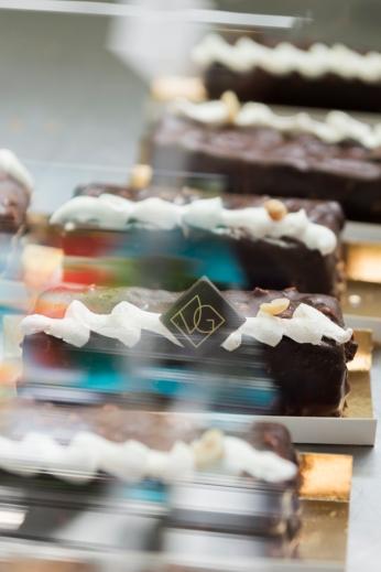 De délicieuses créations sucrées véganes par la fameuse VG Pâtisserie à la Veggie World Paris.