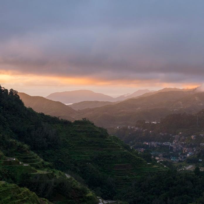 Premier stop pour admirer la vue sur Banaue au lever du soleil.