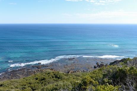 Un autre point de vue surplombant la mer.