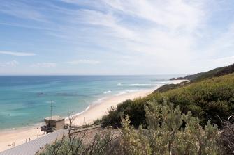 Dans le parc national de la péninsule de Mornington, la plage de Gunnamatta est réputée pour le surf.