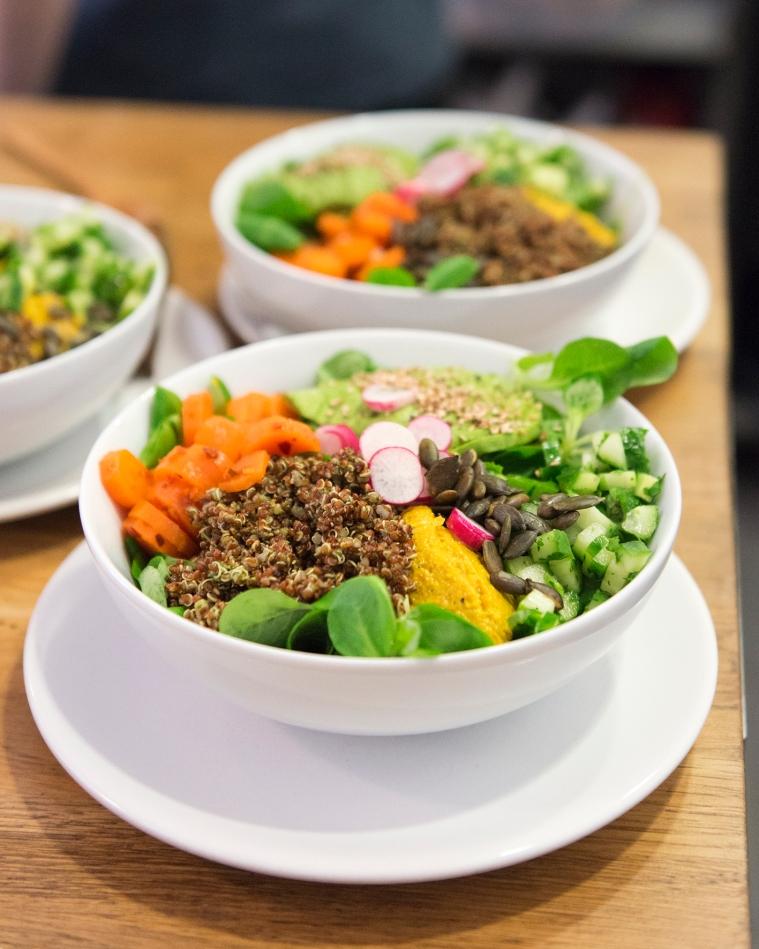 Les bols végétariens, frais, colorés et savoureux.