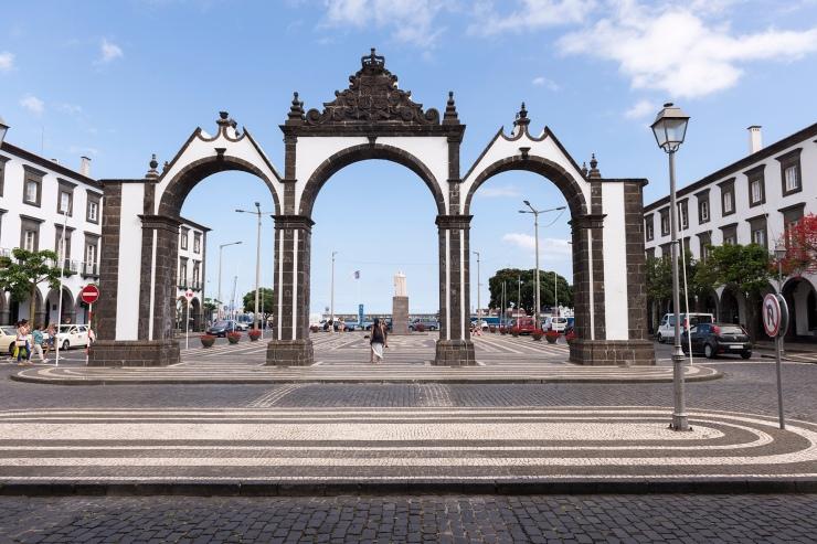 Les portes de la ville
