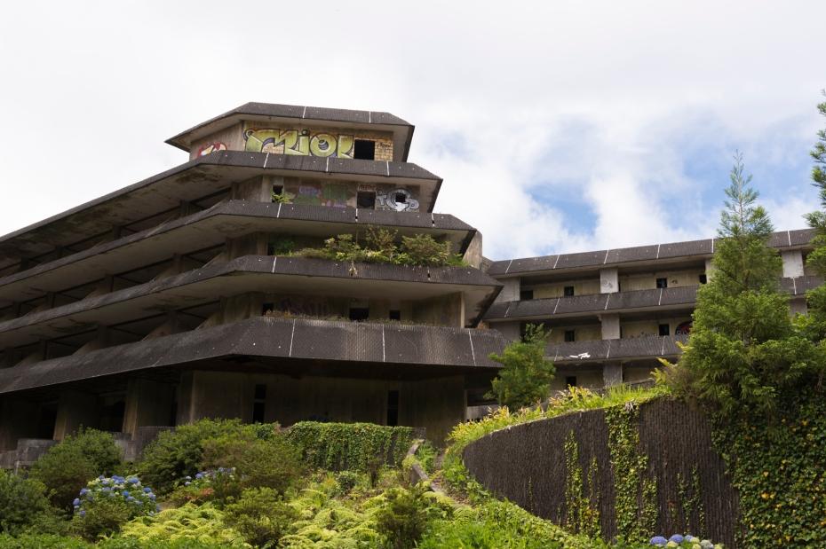Monte Palace, un hôtel abandonné avec une vue époustouflante sur les 7 Cités.