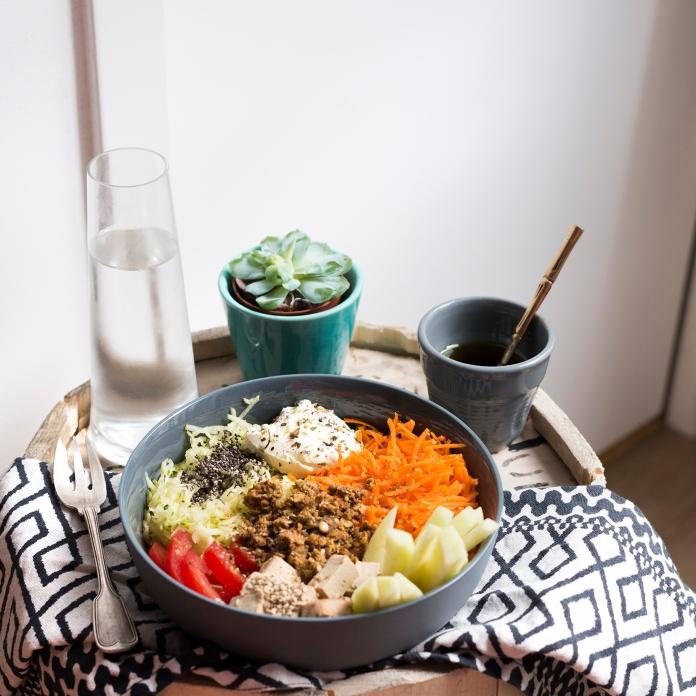 Crudi bowl, ou comment redécouvrir les légumes crus sans s'ennuyer.