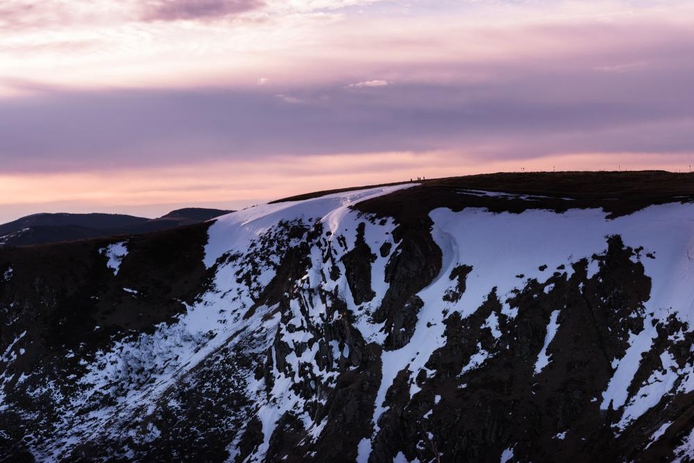 Photo du massif du Hohneck avec un ciel