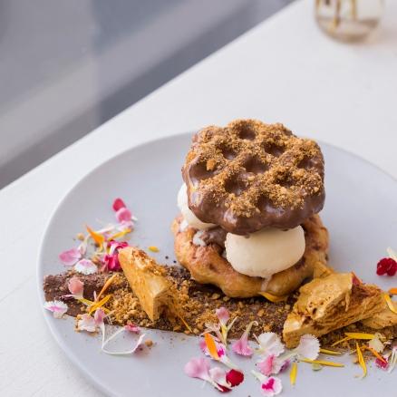 Gaufres chocolat et honeycomb de chez Fourth Chapter, Melbourne.