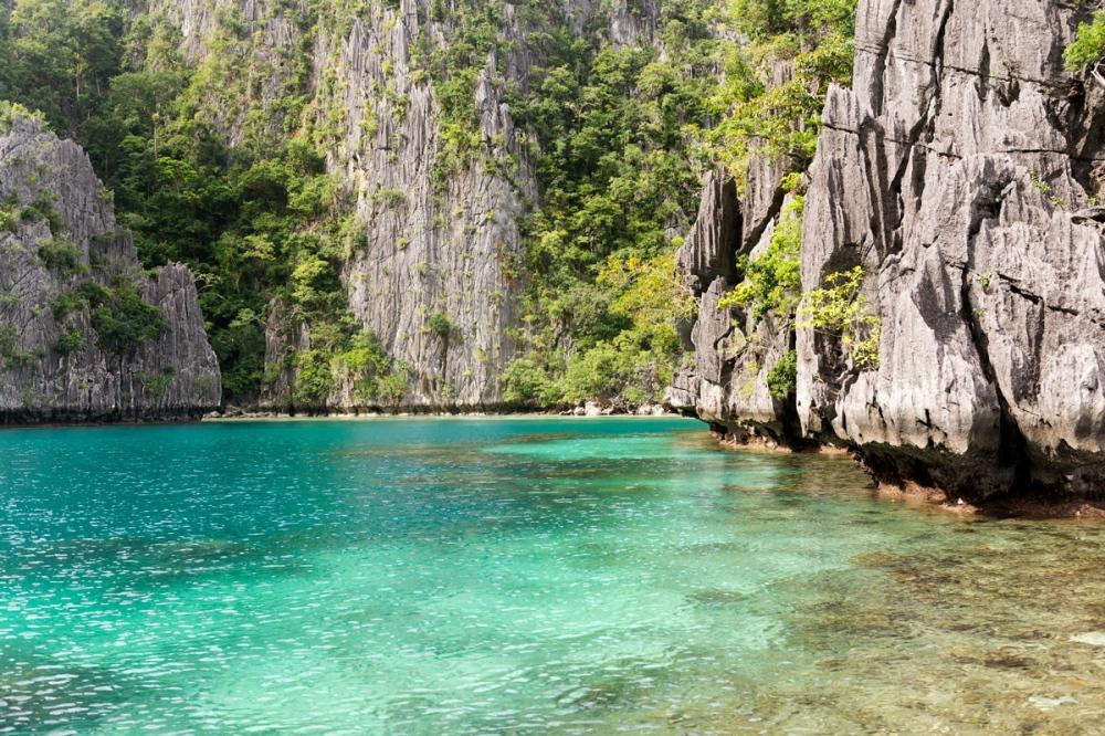 Photographie d'un lagons aux Philippines.
