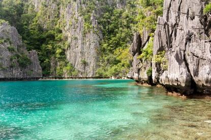 Les lagons de Coron Island aux Philippines.