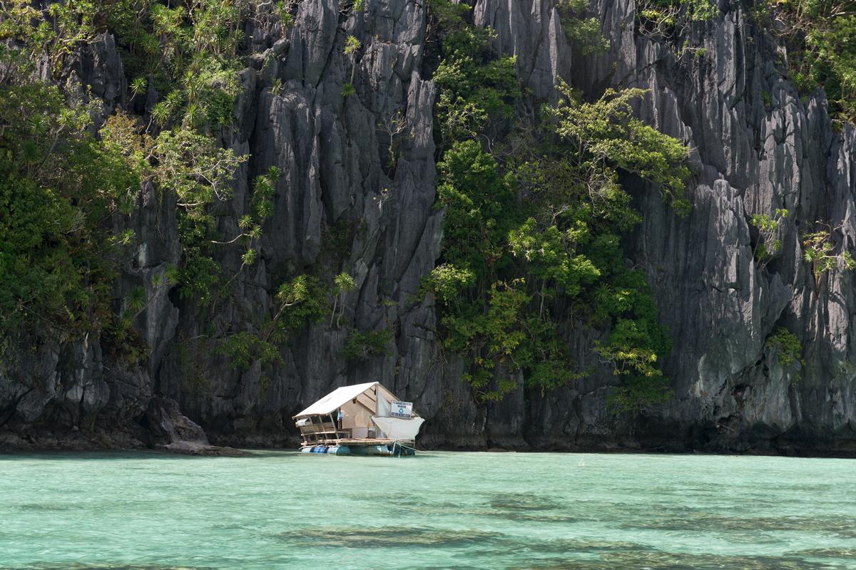 Photographie d'une maison de pêcheur aux Philippines.