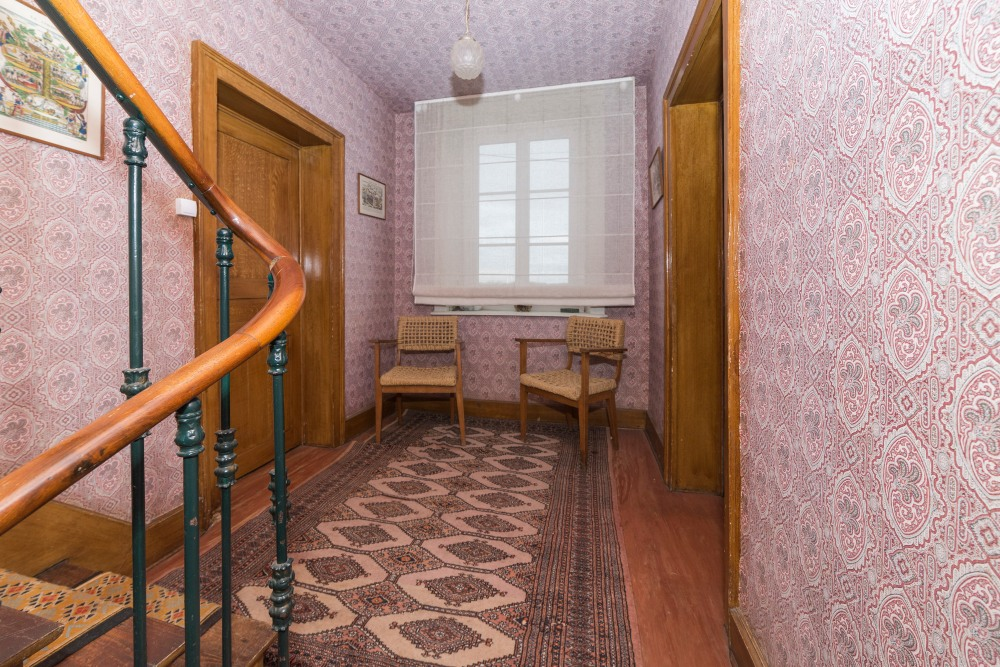 Photographie de l'étage d'une habitation pour une agence immobilière.