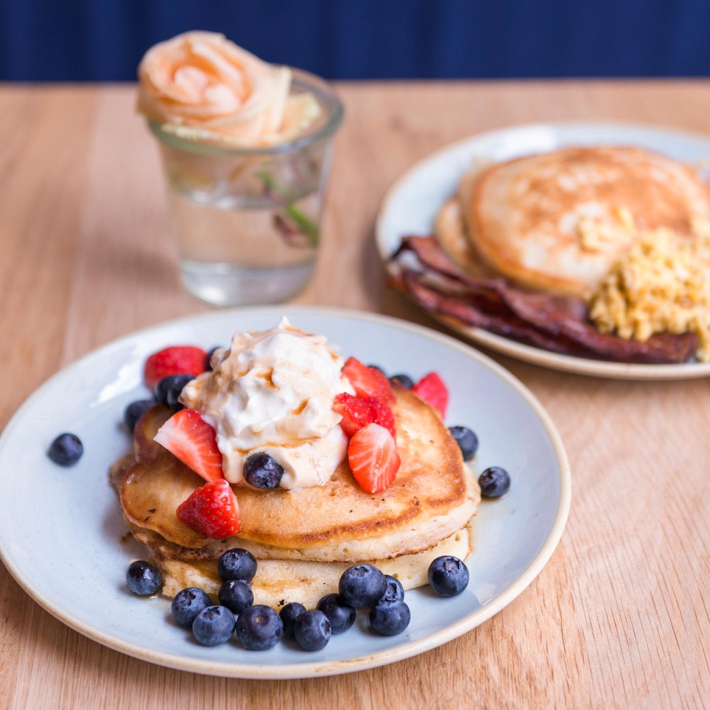 Les 2 options de pancakes chez Sunday in Soho