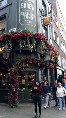 Un tour à Covent Garden pour apprécier les jolies devantures et flâner dans les boutiques de petits créateurs.