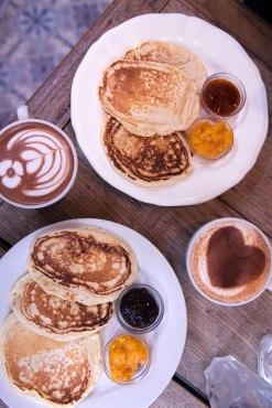 Confitures Mykalios et pancakes chez Passager.