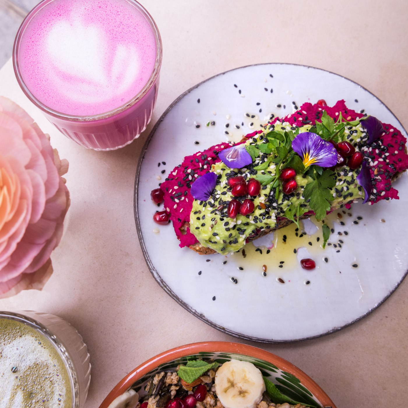 Le sublime avocado toast du Café Berry