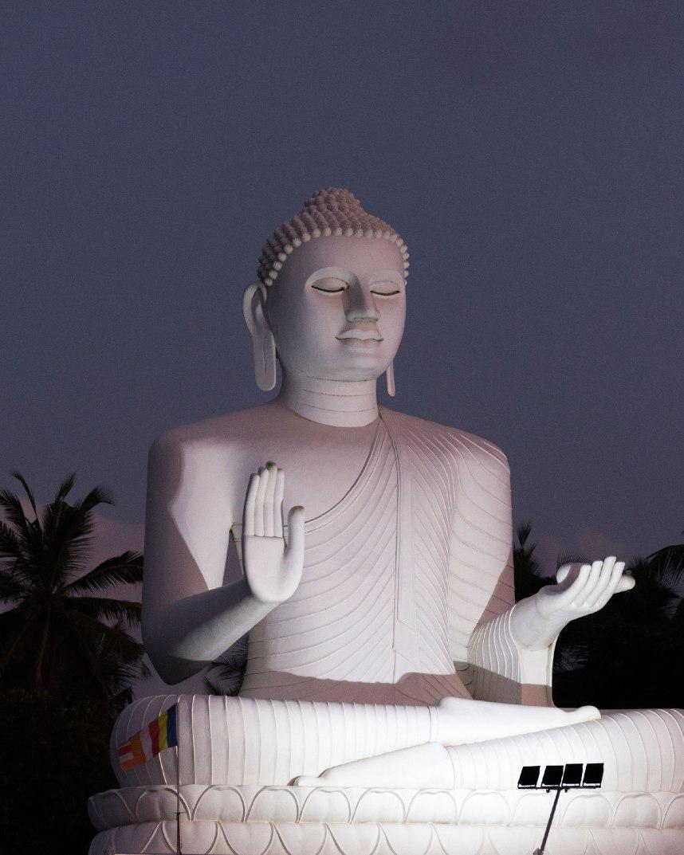 Statue de Bouddha à Bentota au Sri Lanka.